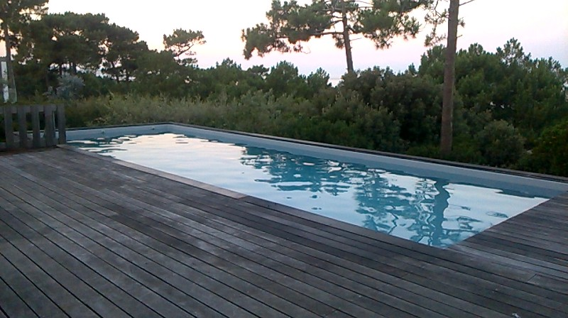 Construction piscine12x4 avec volet immerg sur le bassin for Construction piscine 78