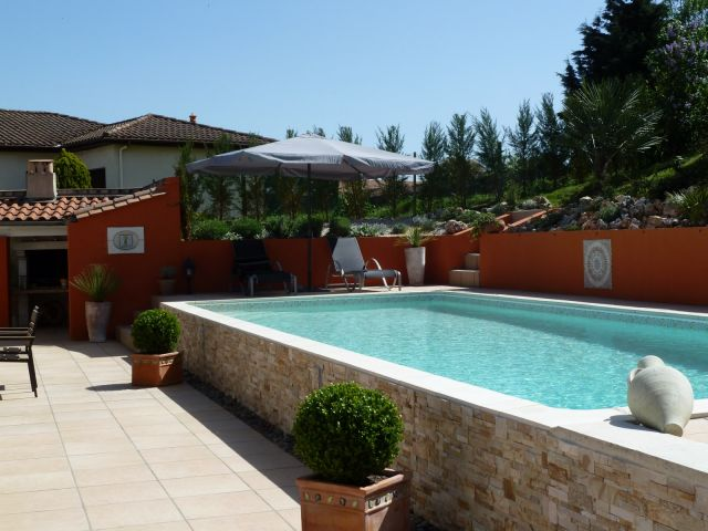 Am nagement des abords de piscine terrasse et pool house les piscines de l 39 estey Amenagement piscine hors sol