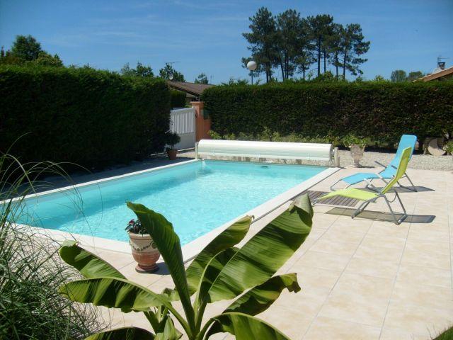 Devis et prix pour l 39 entretien d 39 un bassin de nage pessac for Prix piscine 10x4