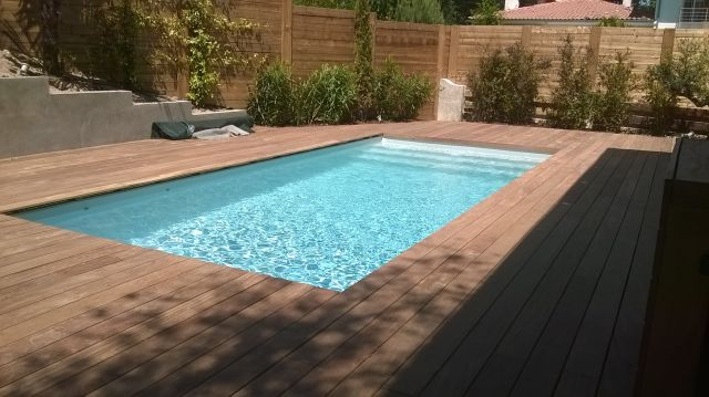 Piscine traditionnelle a arcachon avec un liner gris clair - Photo piscine liner gris ...