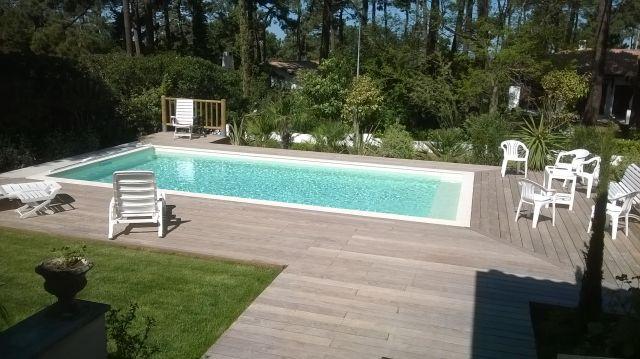 Voir des images et photos de piscines originales vers for Piscine 8x4 avec plage